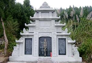 南部梁氏墓碑加工厂:关于墓碑你需要知道这些